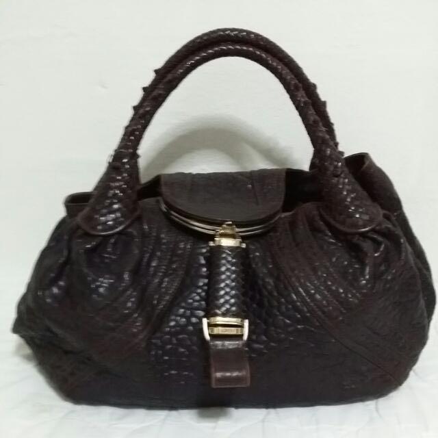 415403dd6616 Preowned Authentic Fendi Bag