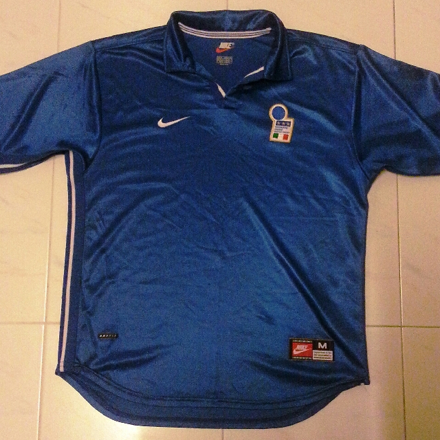 e1332669b95 RARE Italy Home Jersey Nike World Cup 1998 Medium, Sports, Athletic &  Sports Clothing on Carousell