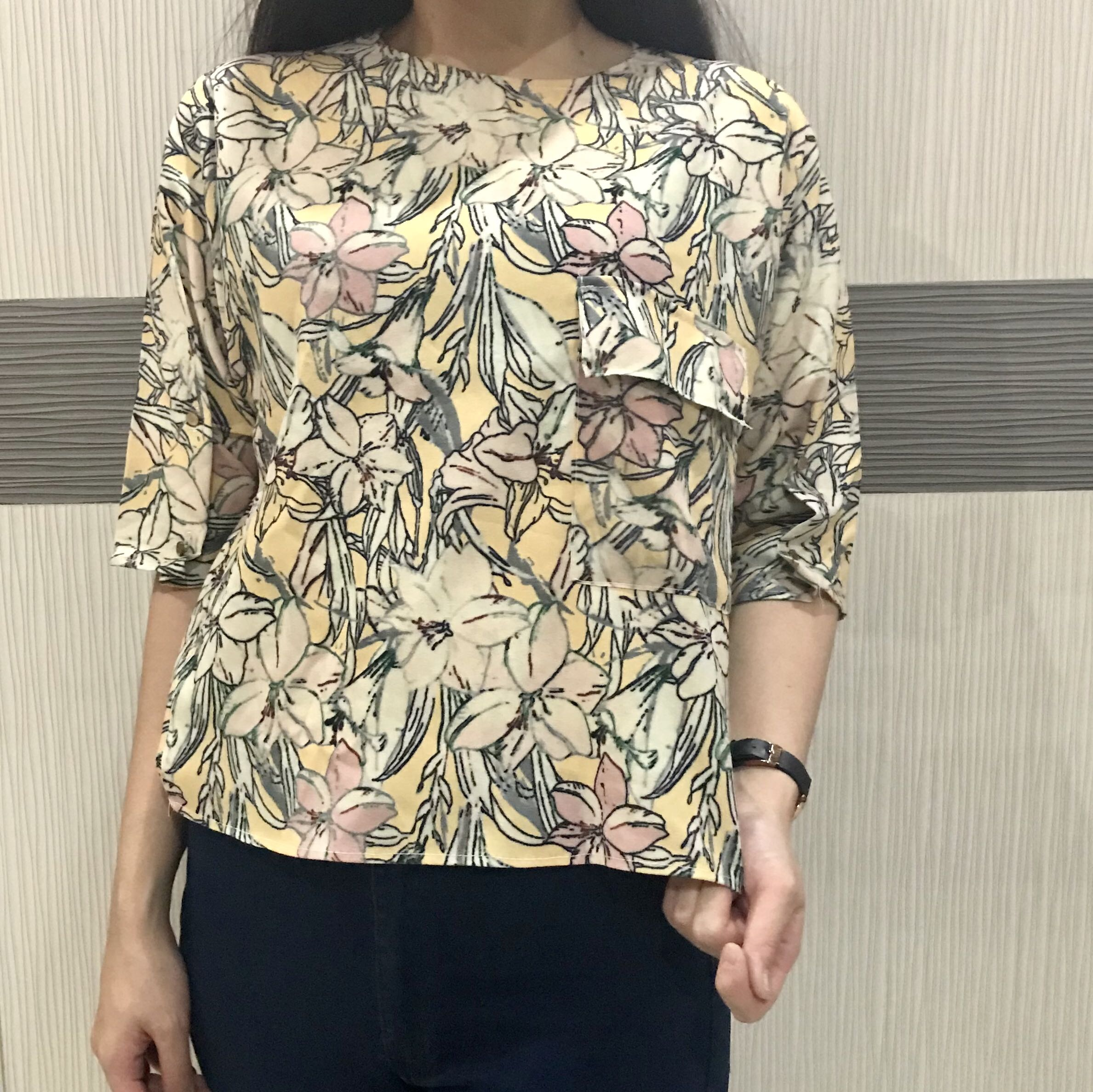 Yellow Tops Floral