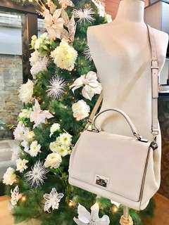 AUTHENTIC KATE SPADE ( BRAND NEW)