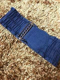Denim belt