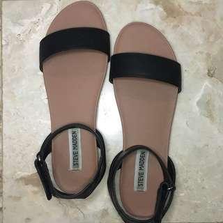 Steve Madden Velcro Flat Sandals (6.5)