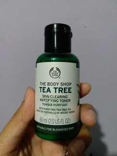 The Body Shop - TEA TREE Skin clearing mattifying toner 60ml