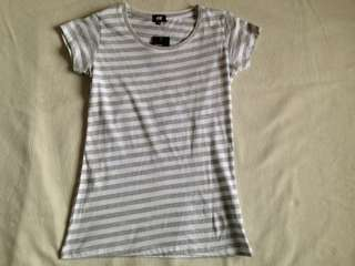 FREE SHIPPING!!! H&M Striped shirt (overrun)
