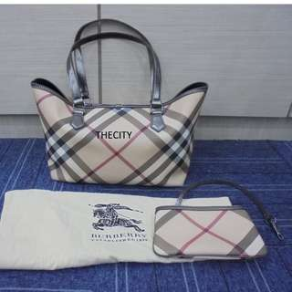 AUTHENTIC BURBERRY MEDIUM SIGNATURE CHECKERED TOTE BAG , WITH SMALL ZIP POUCH