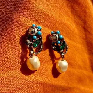 Gucci Blue Turquoise & Pearl Drop Clip on Earring Rare