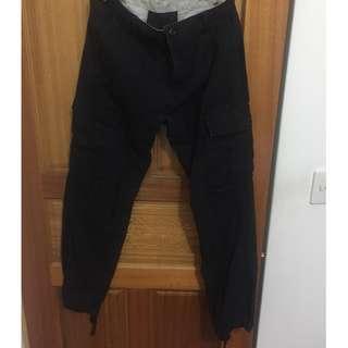 CARHARTT 經典工作褲