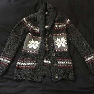 Bluenotes sweater