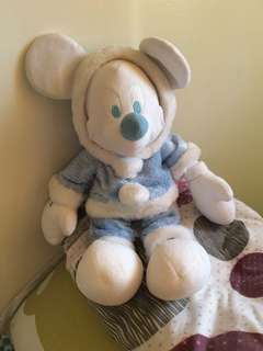 Disney store exclusive Mickey Mouse stuff toy! Super cute and cuddly!