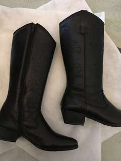 (make offer) Authentic leather black boots