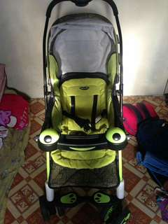 Apruva Stroller (green) foldable