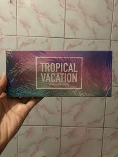Focallure Tropical Vacation Eyeshadow Pallete