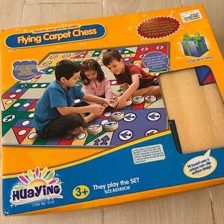 益智玩具flying carpet chess飛行棋