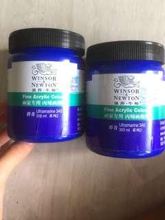 Winsor and Newton acrylic paint