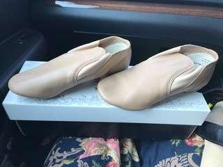 Brand new children Jazz shoes size 1.5