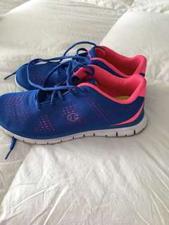 CHAMPION BLUE AND PINK RUNNING SHOES