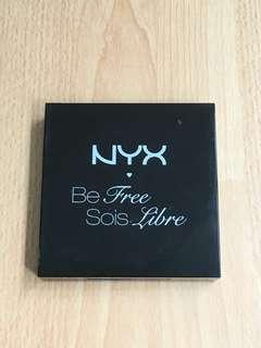 Preloved - makeup kit NYX S125