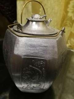 antique tea cuo