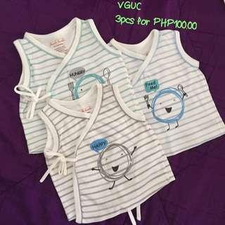 Newborn clothes (preloved)