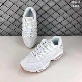 Nike Air Max 95 男女運動鞋 白黑休閑氣墊跑步鞋Size:如⬇️圖