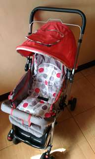 Preloved stroller very slightly used