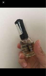透明指甲油
