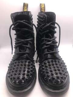 Dr Martens Spike boots