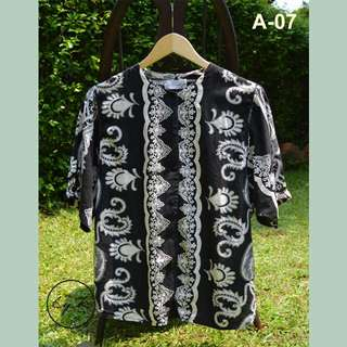 Kemeja vintage / batik /motif