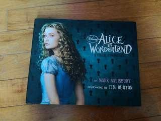 Alice in Wonderland [A visual companion]