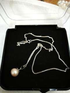 Pearl drop
