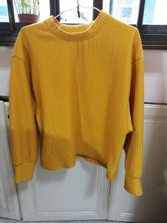 Knitted Top/ Sweater