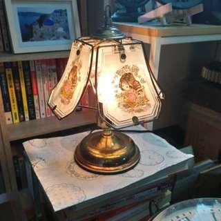 早期玻璃夜燈