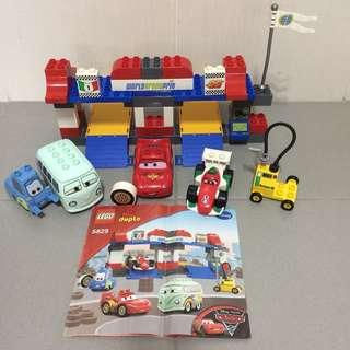 Preloved LEGO Duplo 5829 Disney Pixar Cars The Pit Stop