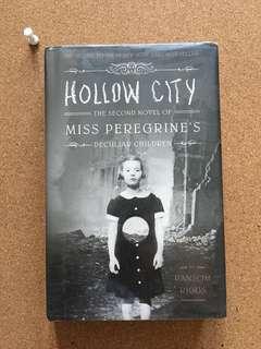 Hollow City (hard bound)