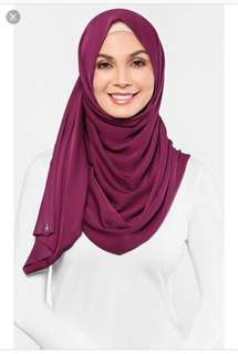 MSS dUCkscarf shawl in Raspberry Sorbet