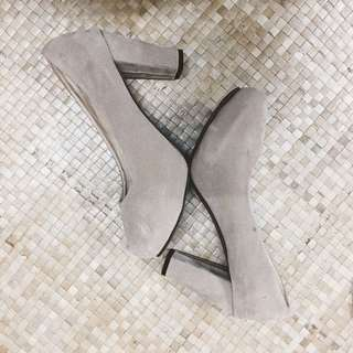 High Heels (Nude)