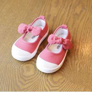 Baby Girl Canvas Ribbon Shoes