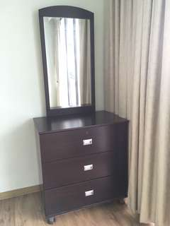 Dresser to give away