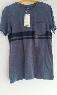 BNWT Uniqlo Boys Top T-Shirt (Size 140)