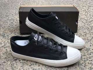 Converse Chuck Taylor ll Authentic