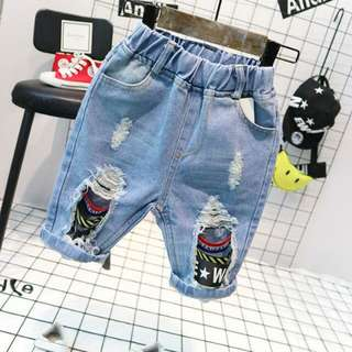 ☑大小童 夏季男童破洞牛仔褲短褲