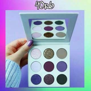 Eyeshadow Kylie 12 warna Kode-P2