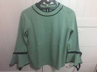 EMERALD GREEN BELL SLEEVES SHIRT