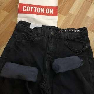 BNWT Black Mom Jeans / Boyfriend Jeans
