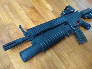 M203 grenade launcher m4