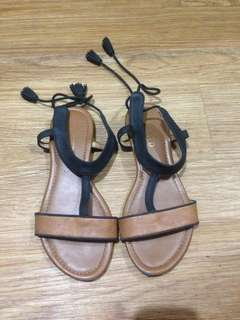 🍃Authentic Unlisted Boho Type Sandals