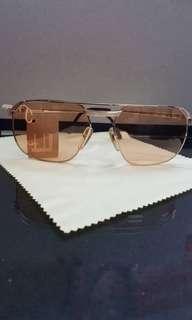 Description: DUNHILL 6011 42 (Gold) Original 80's Aviator Sunglass Frame (New with Tags)