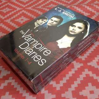 Vampire diaries volumes 1-4