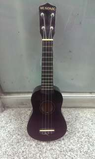 Black ukulele , cute design 90% new