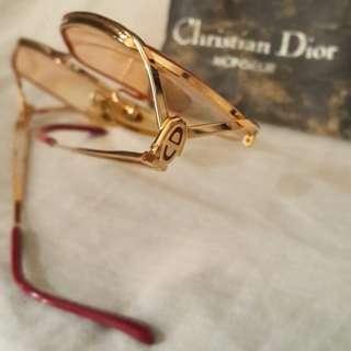 C Dior Vintage Eyewear Gold Frame 2525-40